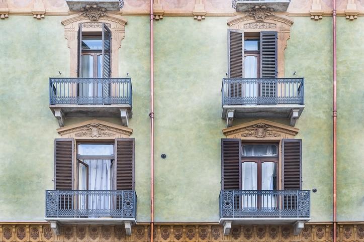 Differenti tipologie di balconi